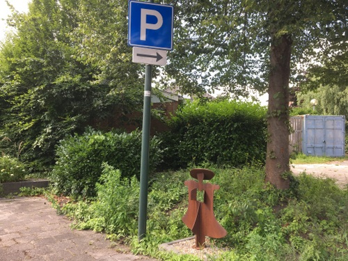 Beeld Etty Hillesum Oranjestraat Winschoten