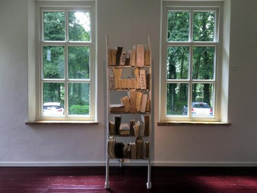 Boekenkast (2020) Tineke Ottens